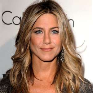 Jennifer Aniston si již vlasy neprodlouží